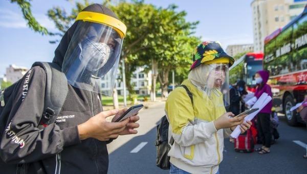 Nhiều người bị kẹt ở Đà Nẵng đã được đưa về quê bằng ô tô.