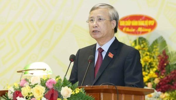 Thường trực Ban Bí thư Trần Quốc Vượng phát biểu chỉ đạo Đại hội.