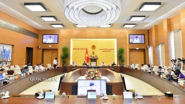 Uỷ ban Thường vụ Quốc hội thông qua nghị quyết thành lập Văn phòng Đoàn ĐBQH và HĐND cấp tỉnh.