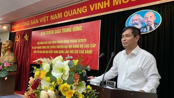 Ông Phan Xuân Thủy, Phó Trưởng Ban Tuyên giáo Trung ương phát biểu tại Hội nghị.