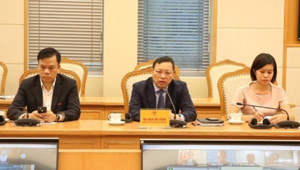 Các đại biểu dự hội nghị tại đầu cầu Việt Nam.