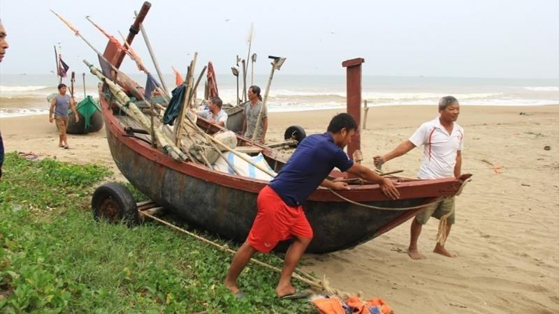 Sơ tán hơn 150.000 người dân tránh bão số 7