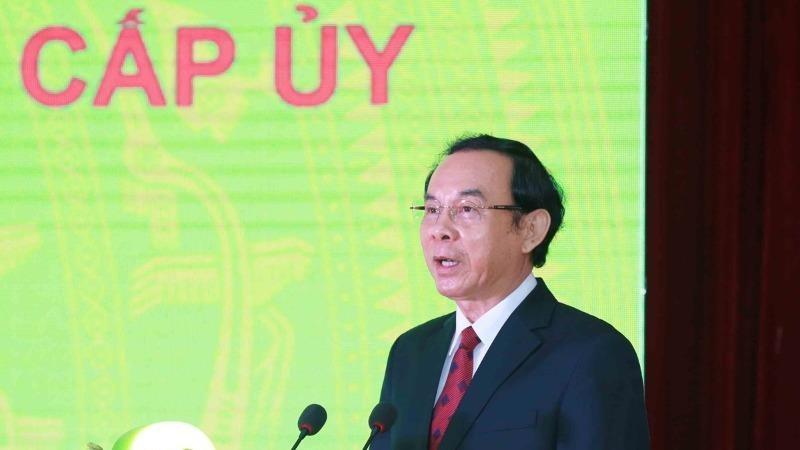 Ông Nguyễn Văn Nên, Bí thư Trung ương Đảng, Chánh Văn phòng Trung ương Đảng, đọc diễn văn kỷ niệm.