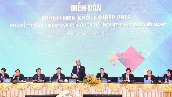 Thủ tướng phát biểu tại Diễn đàn Thanh niên khởi nghiệp năm 2018 ở Đà Nẵng.