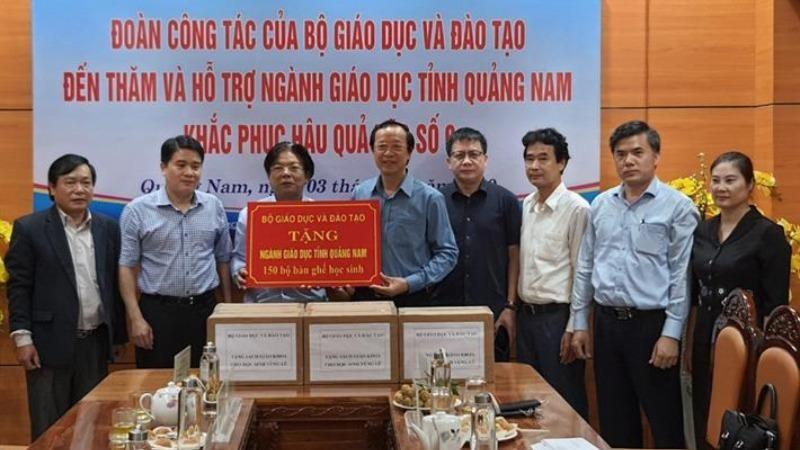 Hỗ trợ gần 10 tỷ đồng cho ngành giáo dục 4 tỉnh miền Trung