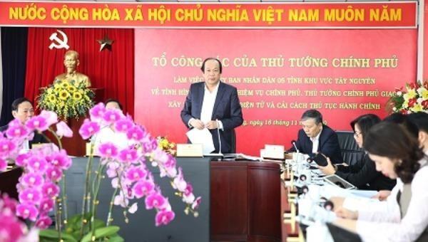 Bộ trưởng, Chủ nhiệm VPCP Mai Tiến Dũng, Tổ trưởng Tổ công tác của Thủ tướng làm việc với UBND 5 tỉnh khu vực Tây Nguyên.