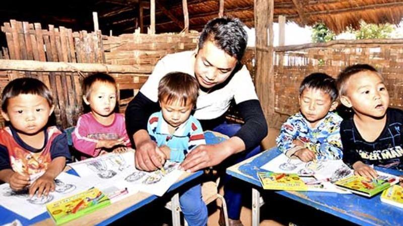 Nhiều trẻ mầm non dân tộc chưa biết tiếng Việt.