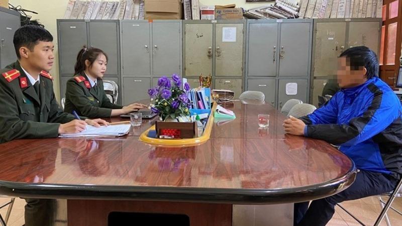Đinh Văn H được triệu tập lên Công an huyện Pác Nặm để làm việc.