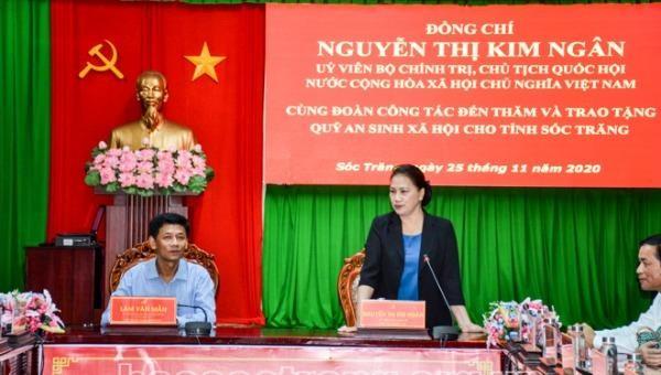 Chủ tịch Quốc hội làm việc tại tỉnh Sóc Trăng