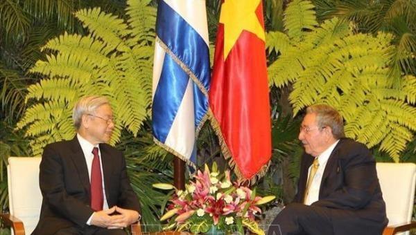 Lãnh đạo Đảng, Nhà nước gửi điện mừng đến lãnh đạo Cu-ba