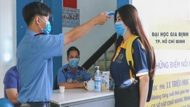 Gần 170.000 học sinh, sinh viên ở TP HCM phải nghỉ học do dịch