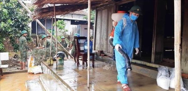 Chú trọng phòng chống dịch bệnh tại các tỉnh vùng lũ