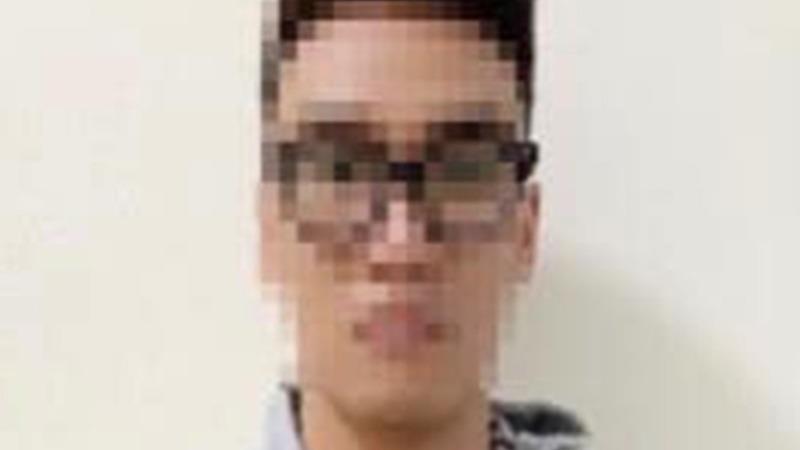 Nam sinh viên Hà Nội tự đập đầu vào gốc cây hoang báo bị cướp