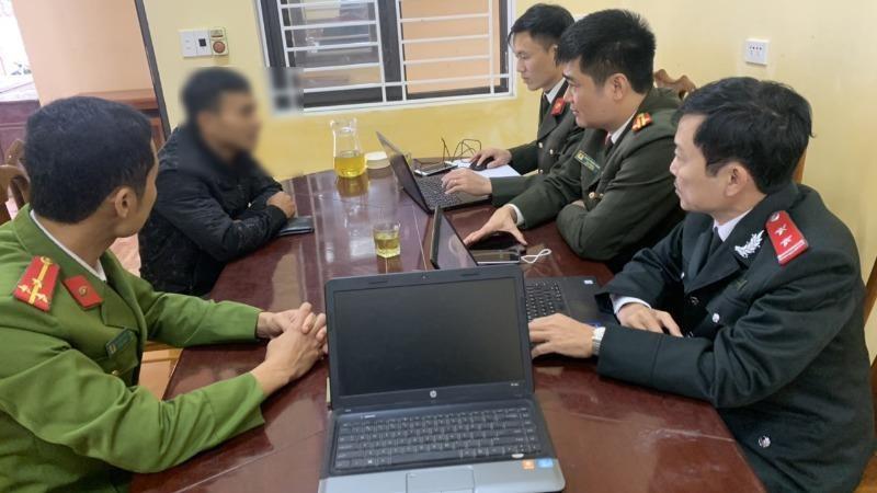 Lực lượng chức năng triệu tập Nguyễn Đình K đến làm việc.