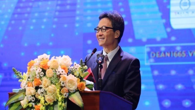 Phó thủ tướng Chính phủ Vũ Đức Đam phát biểu tại lễ khai mạc.