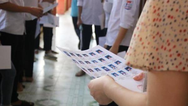 Gần 3.000 học sinh Hà Nội dừng kiểm tra học kỳ do nghi lộ đề