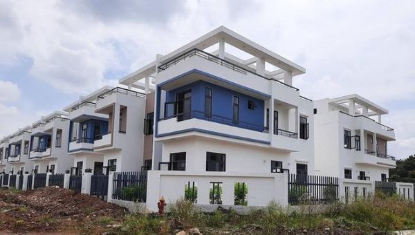 Gần 500 căn nhà trái phép tại khu dân cư Tân Thịnh.