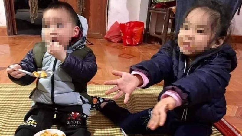 Hai cháu bé bị bỏ rơi trên đê sông Hồng kèm thư viết  'bố mẹ đã chết'
