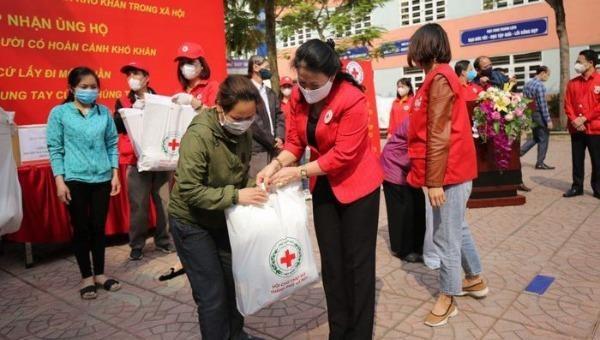 Kêu gọi 1,5 triệu suất quà hỗ trợ người nghèo, nạn nhân chất độc da cam