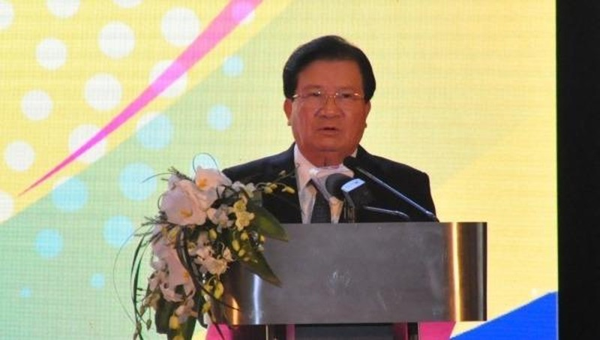 Phó Thủ tướng Chính phủ Trịnh Đình Dũng phát biểu chỉ đạo tại Hội nghị.