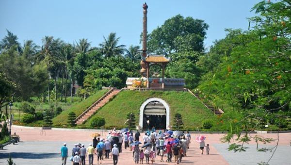 Di tích lịch sử Thành cổ Quảng Trị.