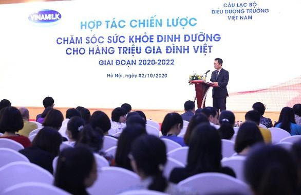 Vinamilk hợp tác quốc tế vì sức khỏe người Việt - Ảnh 2.