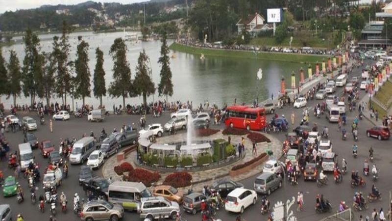 Lâm Đồng thưởng 1 tỷ đồng cho giải pháp chống ùn tắc giao thông Đà Lạt.