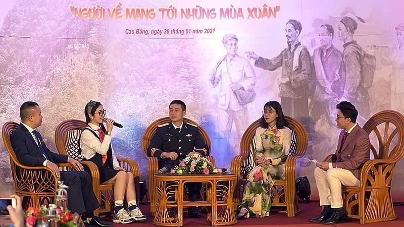 Tuổi trẻ Việt Nam quyết tâm một lòng theo Đảng