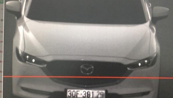 Camera ghi lại hình ảnh phương tiện vi phạm trên cao tốc Nội Bài - Lào Cai.