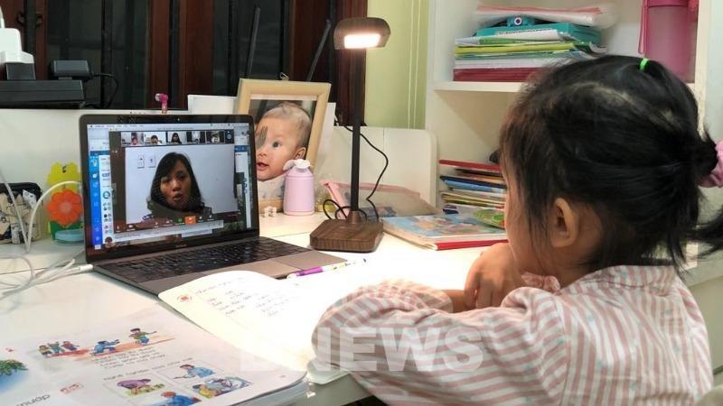 Hà Nội yêu cầu sắp xếp giờ học trực tuyến hợp lý cho học sinh lớp 1