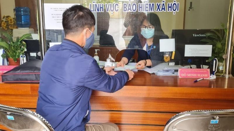 Hà Nội chi trả gộp lương hưu, trợ cấp bảo hiểm xã hội tháng 3, 4