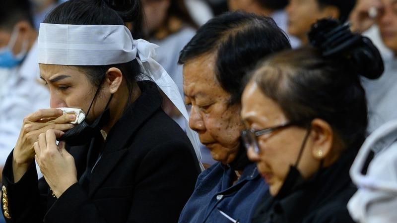 Người thân cố nghệ sĩ Vân Quang Long cầu cứu cơ quan chức năng vì bị tấn công trên mạng xã hội.