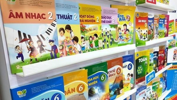 """Hai bộ sách giáo khoa """"biến mất"""", NXB Giáo dục Việt Nam nói gì?"""