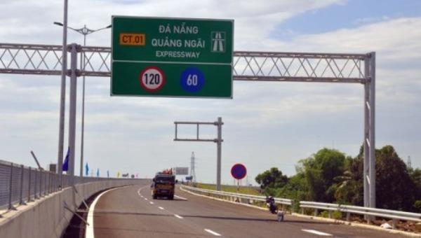 Tăng cường kiểm soát xe quá tải trên cao tốc Đà Nẵng - Quảng Ngãi