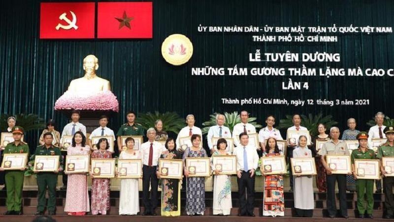 TP Hồ Chí Minh trao tặng bằng khen vinh danh 84 cá nhân có tấm lòng thầm lặng mà cao cả.