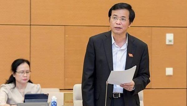 Tổng Thư ký, Chủ nhiệm Văn phòng Quốc hội Nguyễn Hạnh Phúc báo cáo tổng kết công tác nhiệm kỳ khóa XIV của QH, UBTVQH.