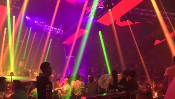 TP HCM cho phép karaoke, vũ trường hoạt động trở lại