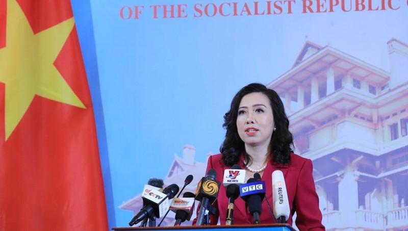 Người phát ngôn Bộ Ngoại giao Lê Thị Thu Hằng tại buổi họp báo ngày 25/3.
