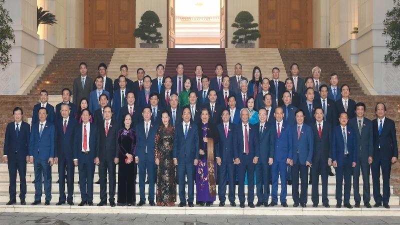 Các đại biểu dự chương trình gặp mặt.