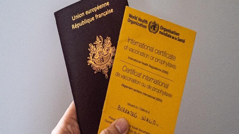 """Hàng không thử nghiệm """"hộ chiếu vaccine"""", Việt Nam đã sẵn sàng?"""