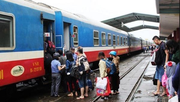 Đường sắt giảm 50% giá vé trong tháng 4 và tháng 5
