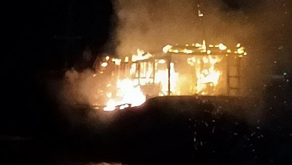 Cháy tàu cá lúc rạng sáng, thiệt hại gần 2 tỷ đồng
