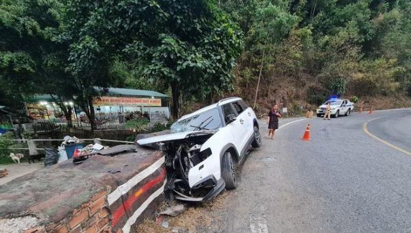 Một vụ tai nạn trên đèo Bảo Lộc.