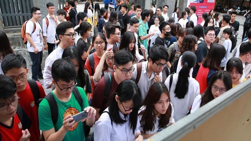 Các trường ngoài công lập ở TP HCM không được tổ chức thi tuyển vào lớp 10