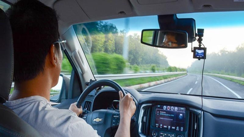 Ô tô kinh doanh vận tải bị phạt thế nào nếu không lắp camera giám sát hành trình?