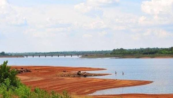 Trượt chân xuống hồ Trị An, 2 nam sinh tử vong