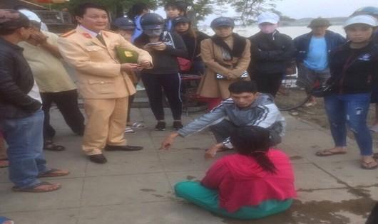 Bàng hoàng: Gần 30 vụ nhảy sông Hương tự vẫn trong năm 2017