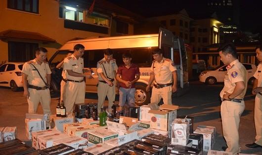 Số rượu lậu bị lực lượng CSGT TP. Huế bắt giữ