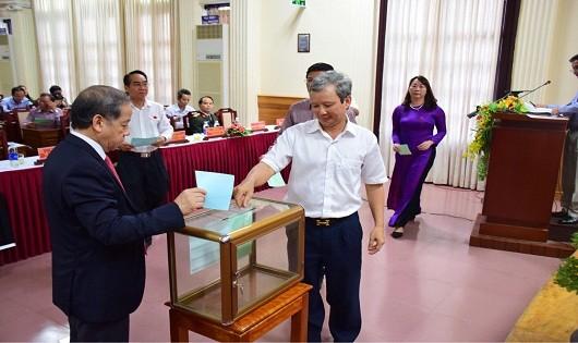Thừa Thiên Huế: Bí thư Tỉnh uỷ Lê Trường Lưu có số phiếu tín nhiệm cao nhất