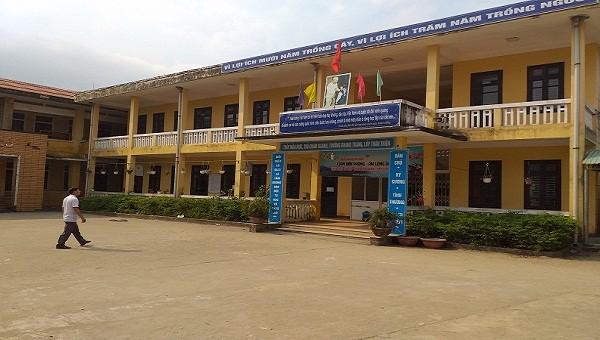 Trường Tiểu học Lăng Cô nơi xảy ra vụ việc